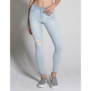 RSQ Miami Womens Ripped Jeggings